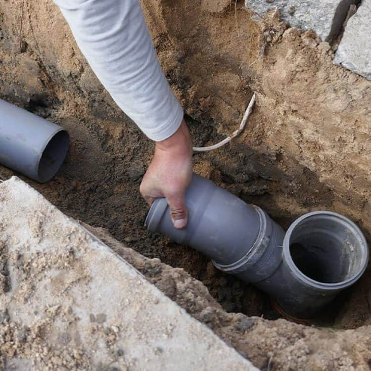 sewer-pipe-installation